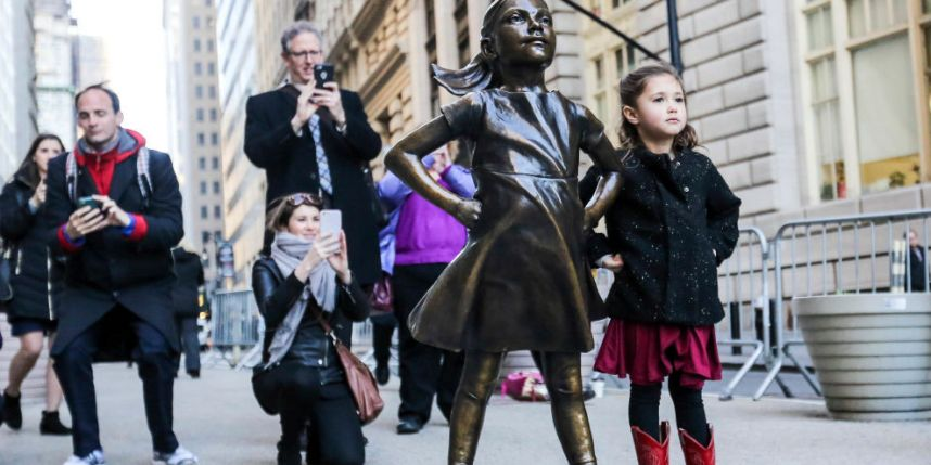 Beloved fearless Girl remains pleasing crowds